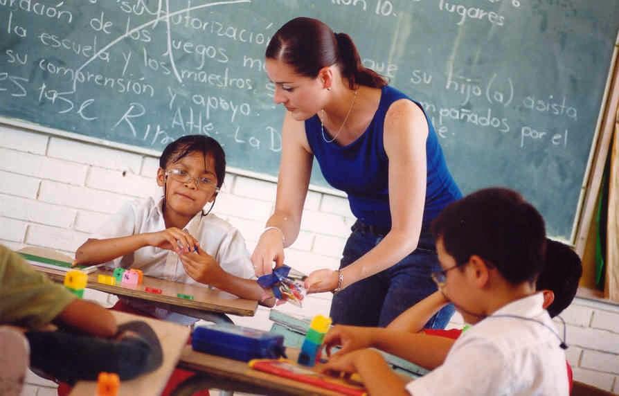 http://educacionprimeriza.blogspot.com/2014/10/como-proteger-su-hijo-con-una-educacion.html