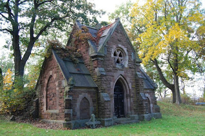 https://www.pinterest.com/riggenroth/chapels-churches-cemeteries/