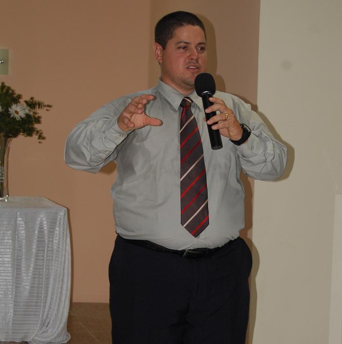 Rev. Paulo Uchoa