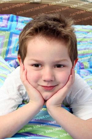 Modernos cortes de cabello para niños 2012