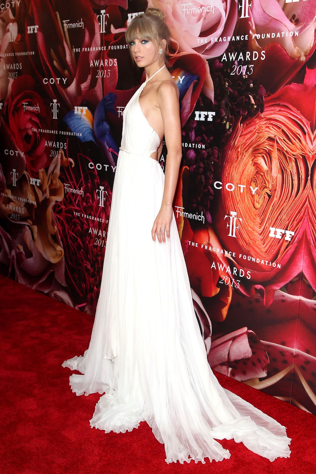 Taylor Swift 2013 Fragrance Foundation Awards Just Fab