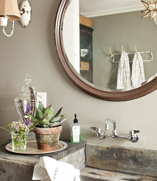 Bathroom Sink Decor : decorology: 4 Tips You Need to Know for a Bathroom Makeover
