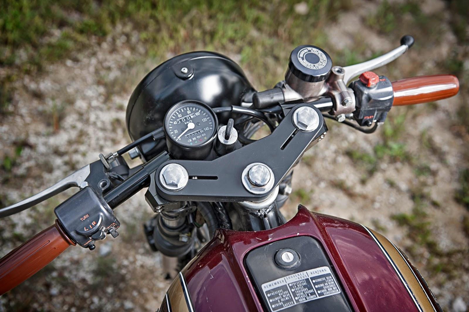 Honda CB550F Gauges