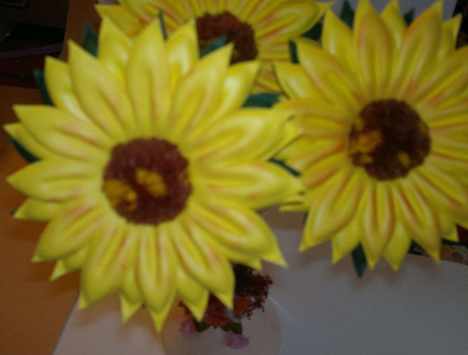 Flores Rosas Crisantemos En Foami Termo Formado Medianas - BsF 55 ...