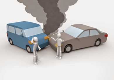 自動車同士の事故の画像