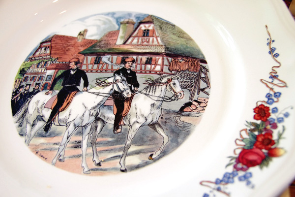 aliciasivert, alicia sivertsson, frankrike, france, normandy, normandie, porcelain, tallrik, porslin, plate, dinner, la saussaye