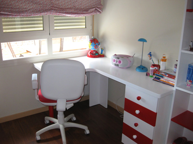 t dise as t decides mesa de estudio infantil