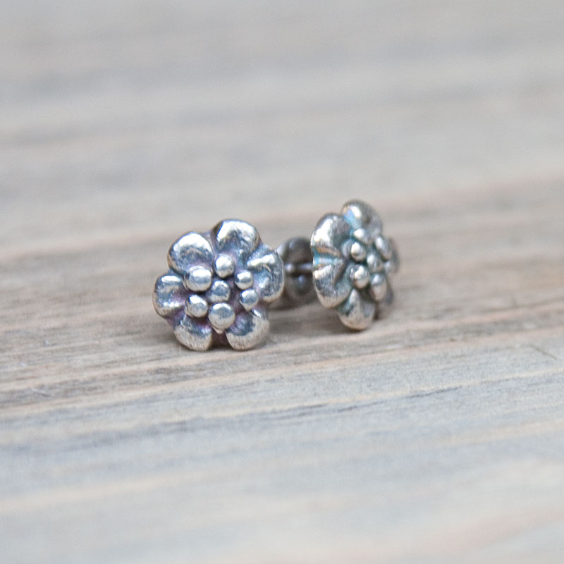 Silver stud earrings tiny flowers in recycled silver for Gemsprouts tiny plant jewelry