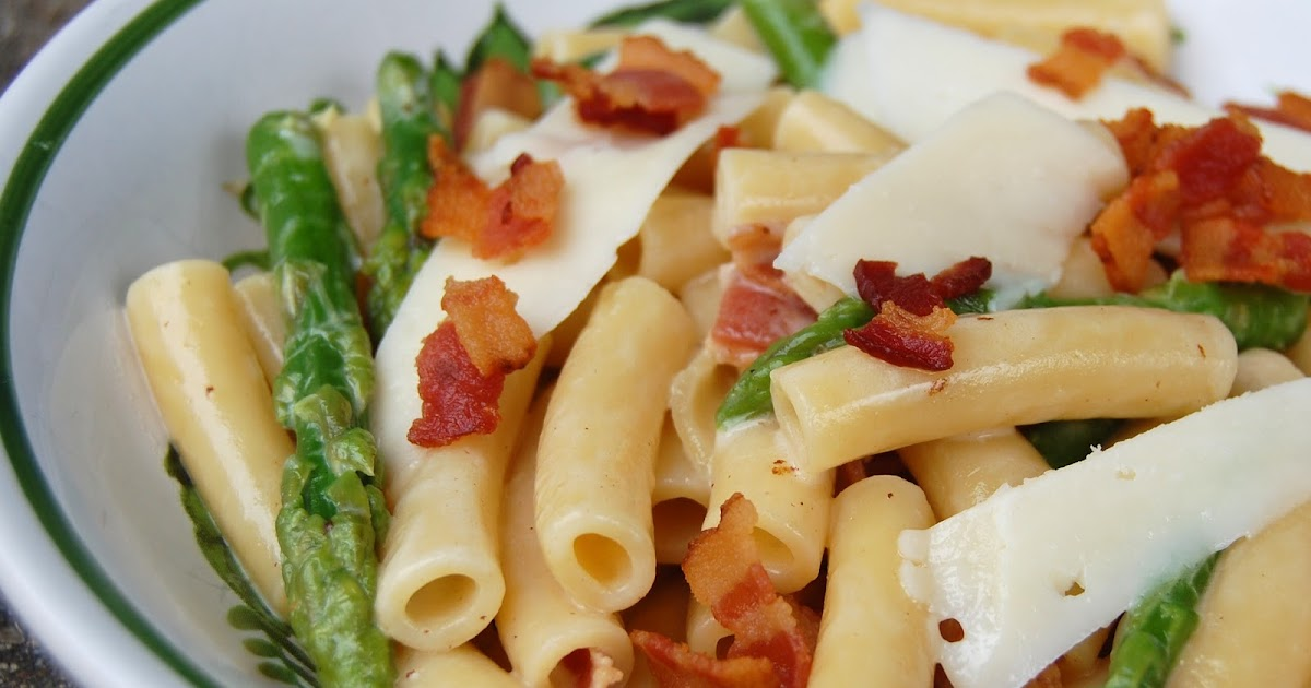 Cassie Craves: White Wine Pasta with Bacon, Asparagus and ...