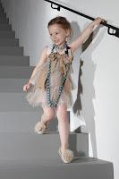 Enfants%2BLanvin-childrens-line-8 >Avec Lanvin Petite elle a tout d'une grande
