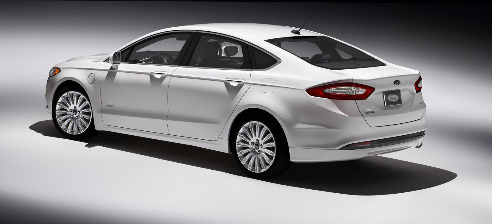 2013 ford mondeo is another name for the ford fusion outside north. Cars Review. Best American Auto & Cars Review