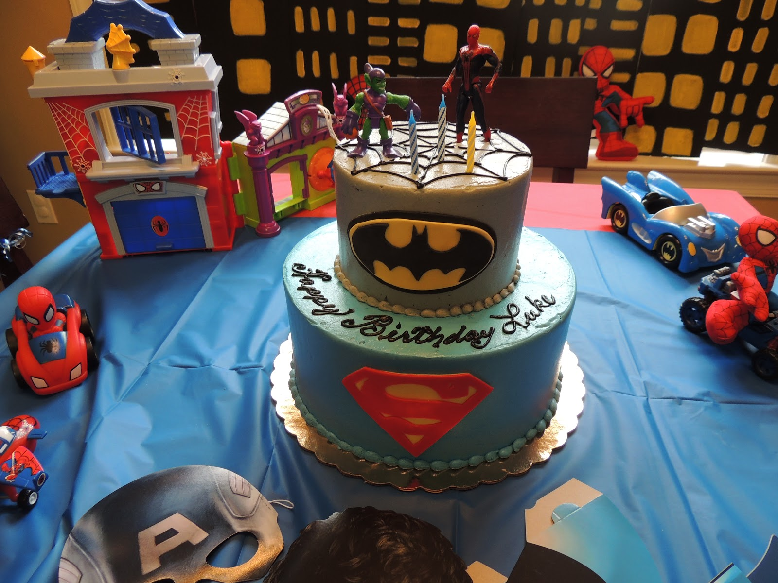 A Superhero Birthday Party For Her 3 Year Old Boy House Had Spiderman Superman And Batman Decorations Everywhere It Was Decorated So Cute