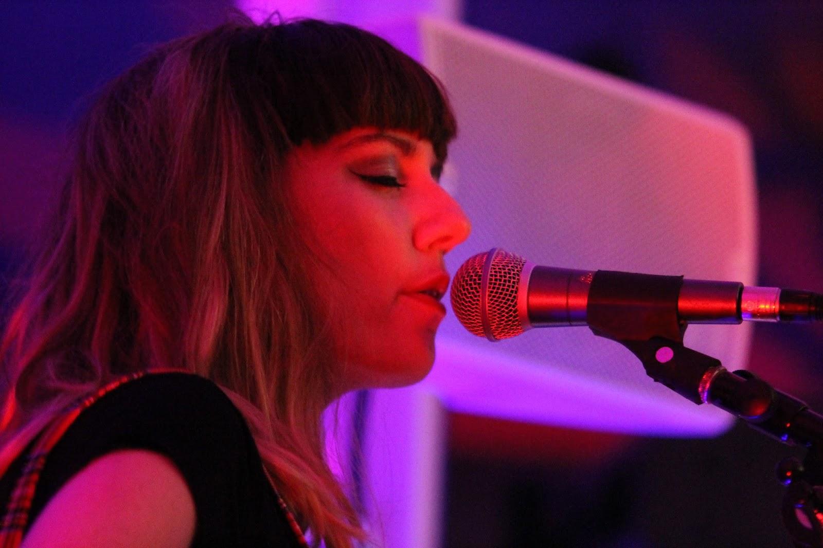 Die Tuts Haben Bisher Nur Eine Handvoll Digitaler Und Zwei 7 Singles Verffentlicht Obwohl Band Seit 2011 Besteht Sie Ganze Reihe Songs Hat