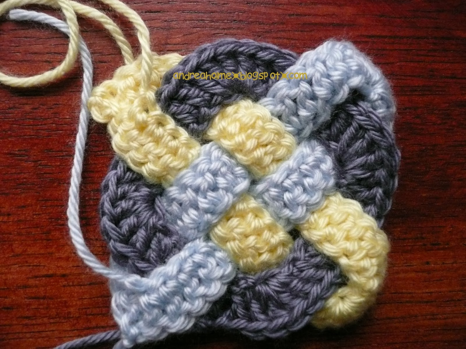 Crochet Knot : Drea_Dear: National Crochet Month - Celtic Knot Squares