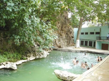 Nourbouka for Petit bassin piscine