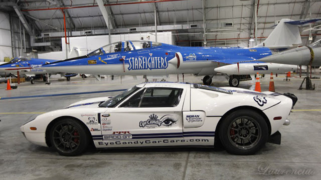 Mobil-Ford-GT-Guinness-World-Record_8