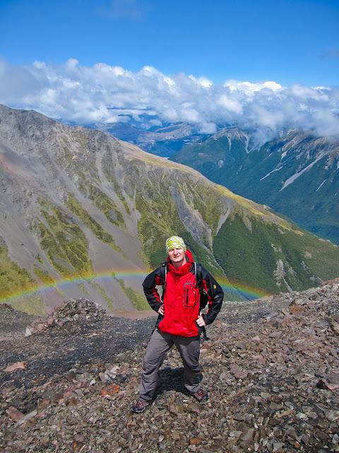 Tecza w Arthur's Pass widziana z Mt Cassidy