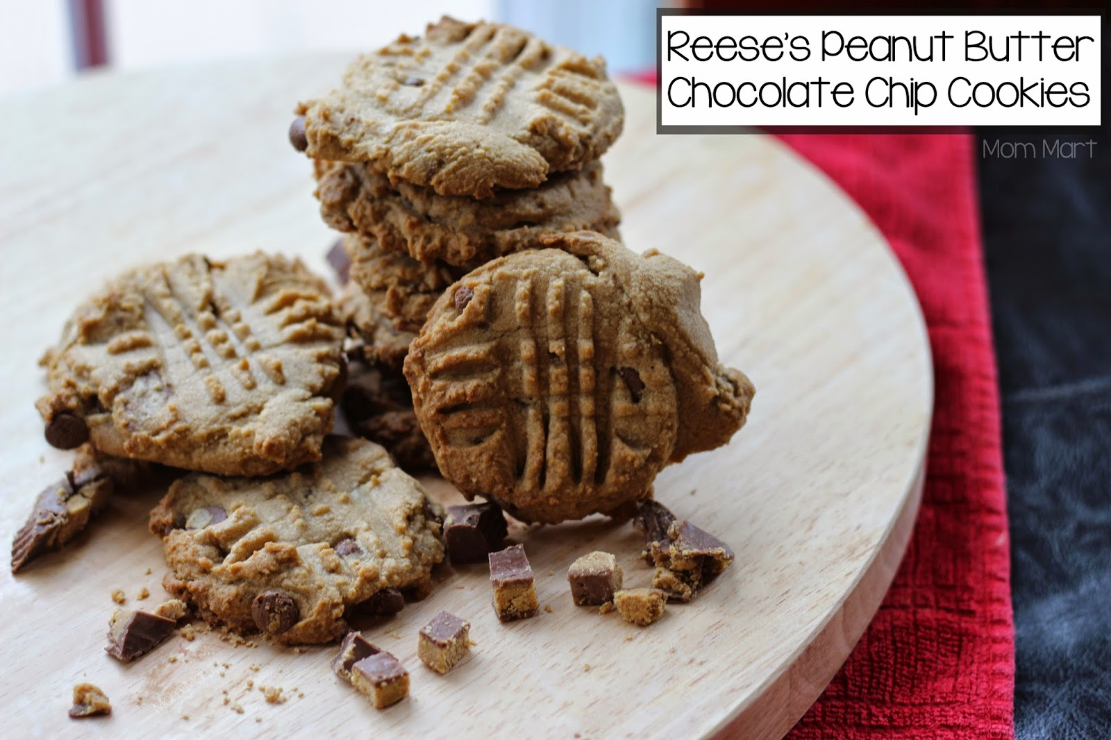 Reese's Peanut Butter Chocolate Chip Cookies #Recipe #Dessert #Foodie
