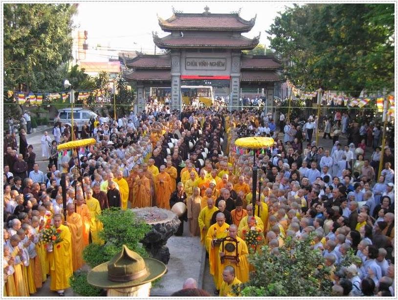 Nghi lễ Phật Giáo chùa Vĩnh Nghiêm