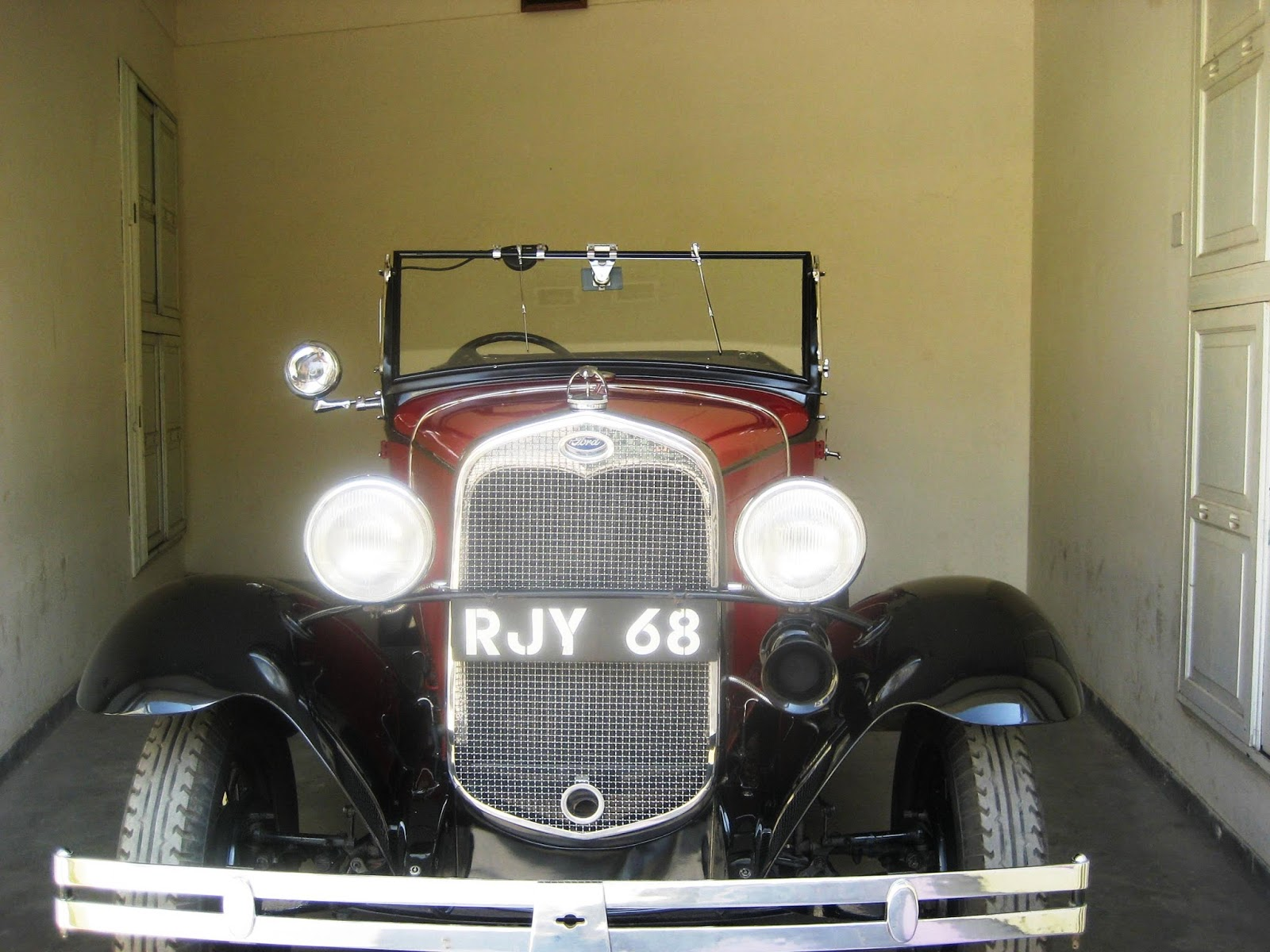 Vintage Car Collection at Udaipur Palace | Wanderful