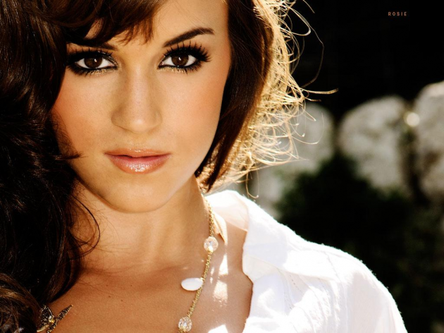 Rosie Jones Biography and Photos 2012