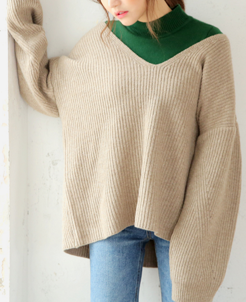 Deep V-Neck Knit Top