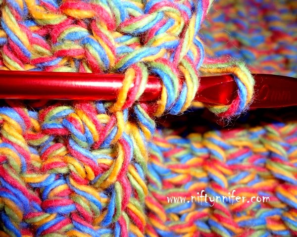 http://www.niftynnifer.com/2014/06/free-crochet-pattern-dish-mat-by.html