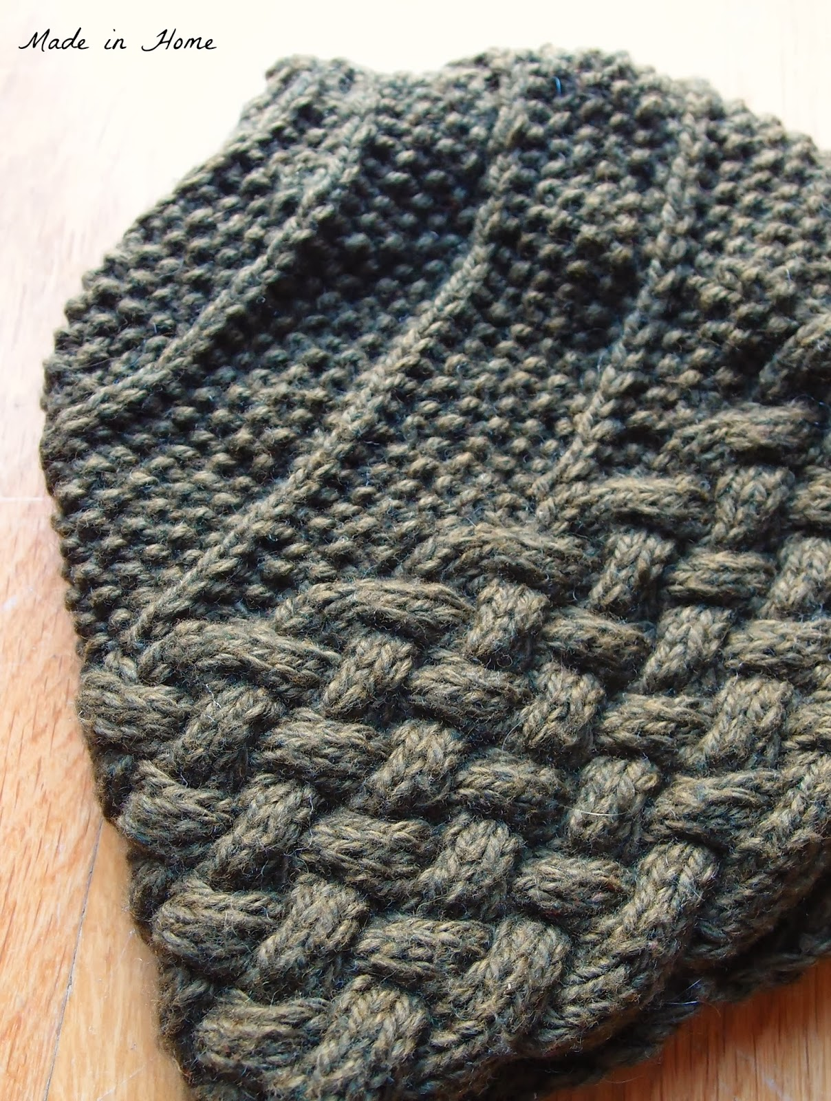 Knitting Pattern For Acorn Hat : Made in Home: Acorn Beanie Hat A finish {Knitting}