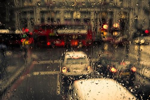 BILHETE DA GARRAFA | Entre os pingos da chuva