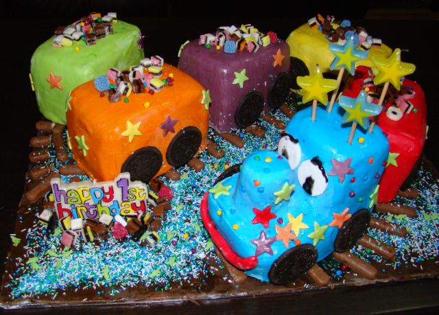 Train Birthday Cakes For Kids. Train Birthday Cake