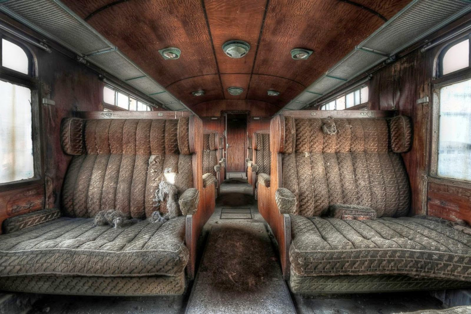 Abandoned Places Remarkable Pictures