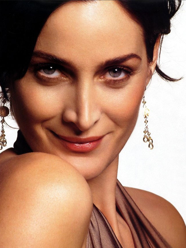 Carrie Anne Moss   Photo Actress