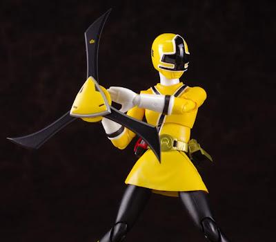 Shinken Yellow figures