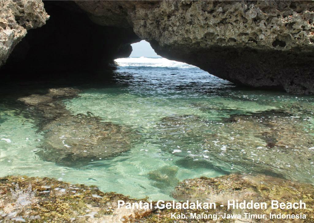 Salika Travel : Wisata Pantai Gladakan