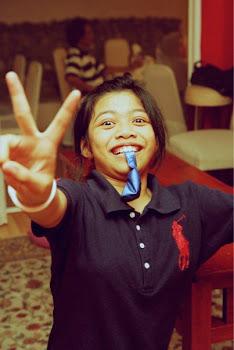 Putri Qarissa Nur :)