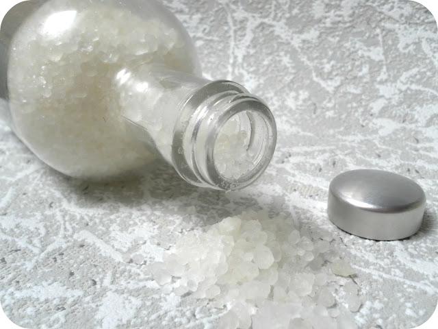 A picture of D'Eden Unwind Dead Sea Bath Salts