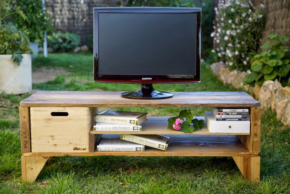 Mueble televisión reciclado con palets