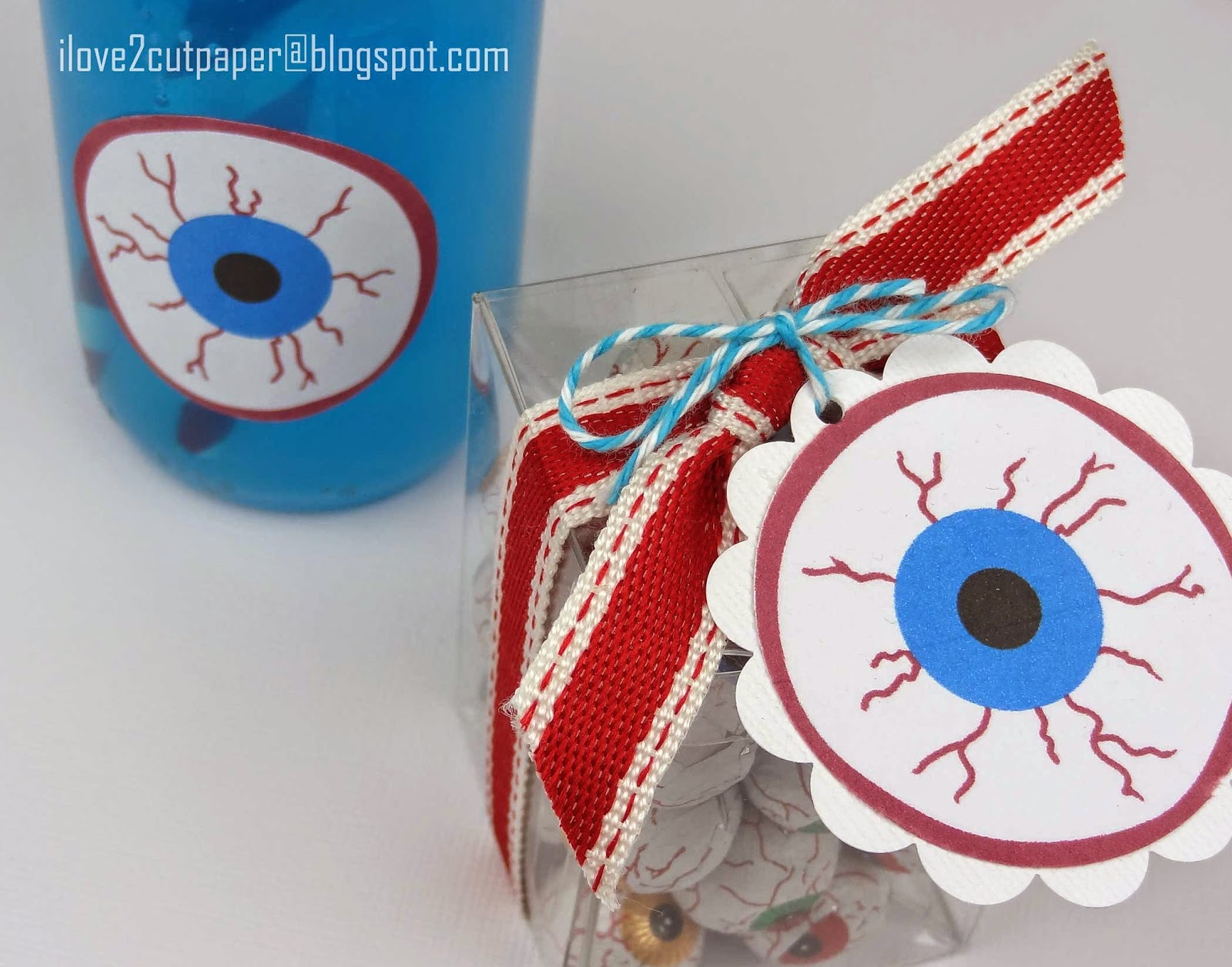 Eye ball topper