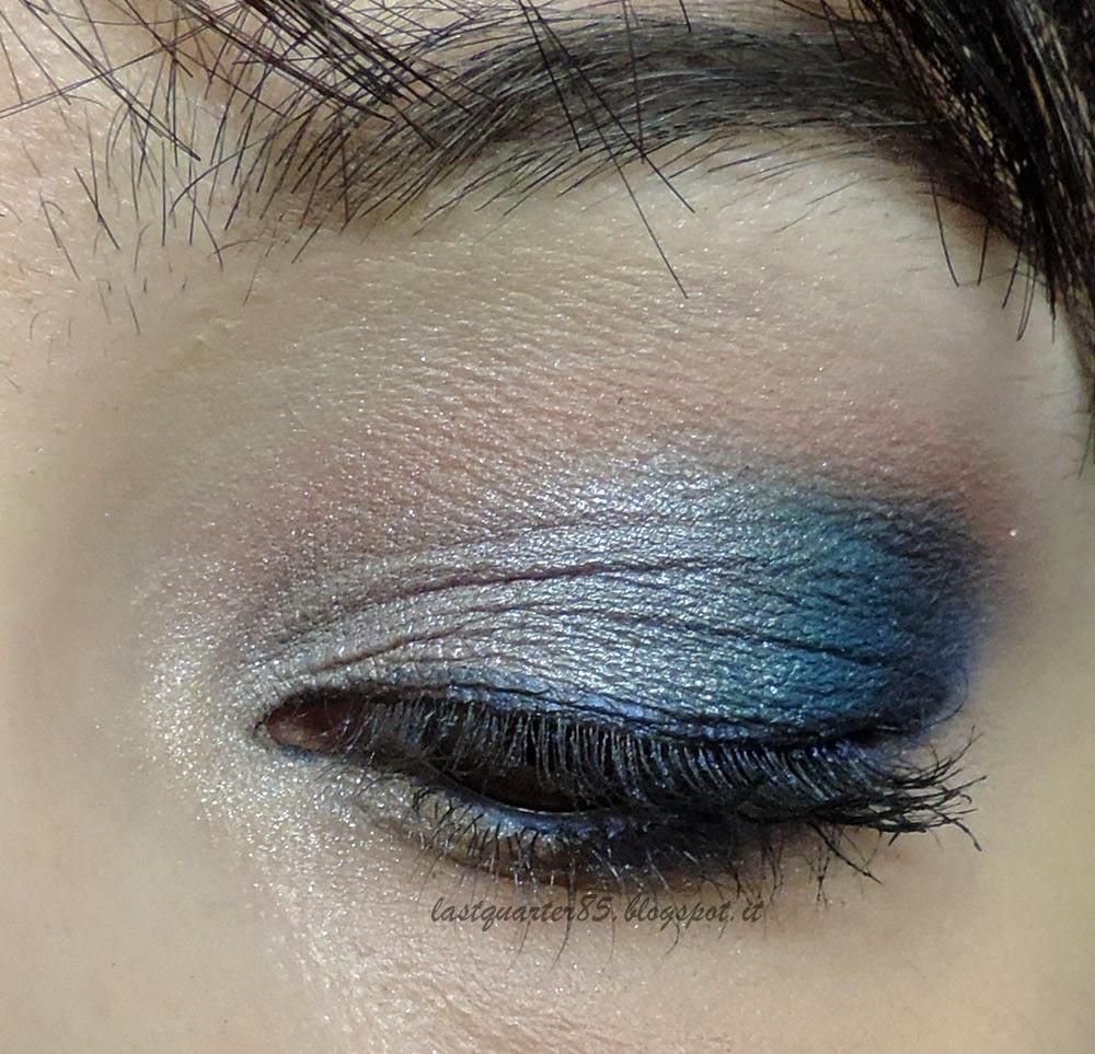 Make up festivo grigio argento e blu, dettaglio!