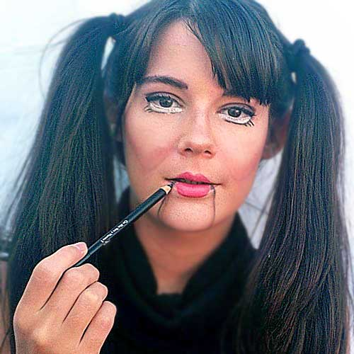 Monika Sanchez guapa al instante maquillaje muñeca rota