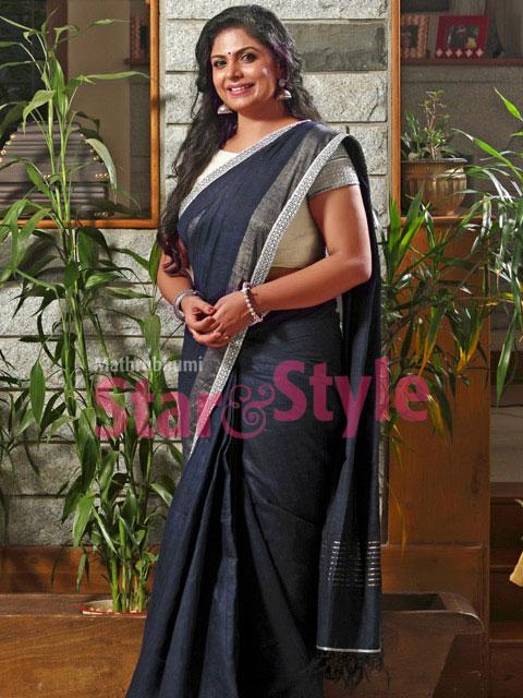 Asha Sarath Stills
