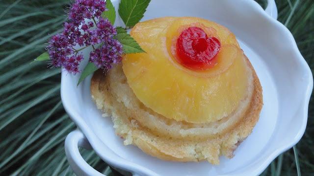 Eggless Apple Upside Down Cake