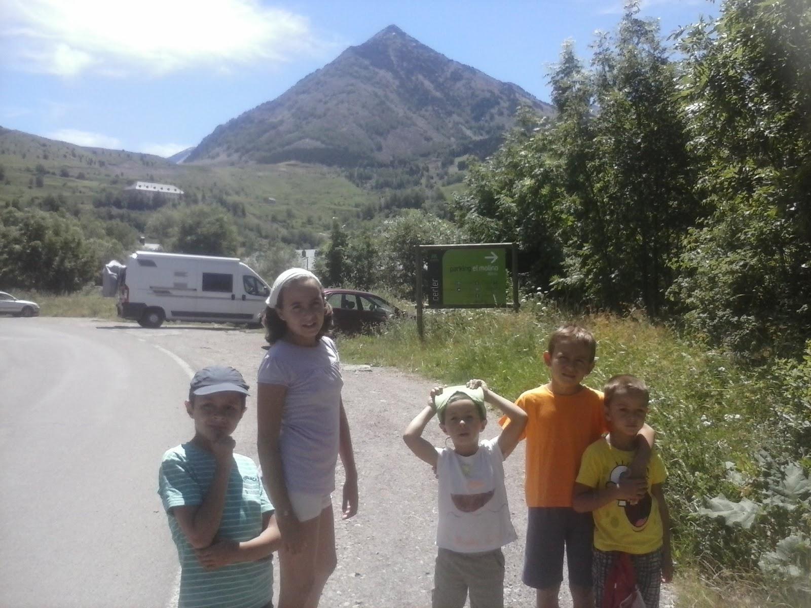 Niños y pico Cerler