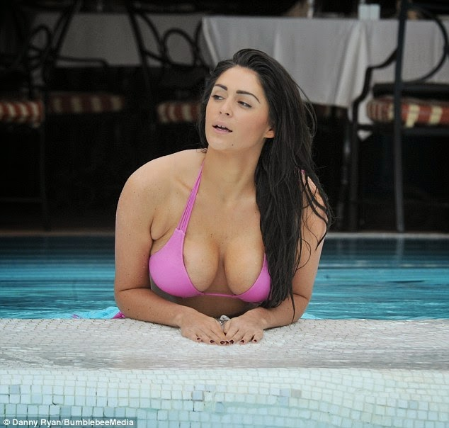 Casey Batchelor shows off curves in a Victoria's Secret bikini