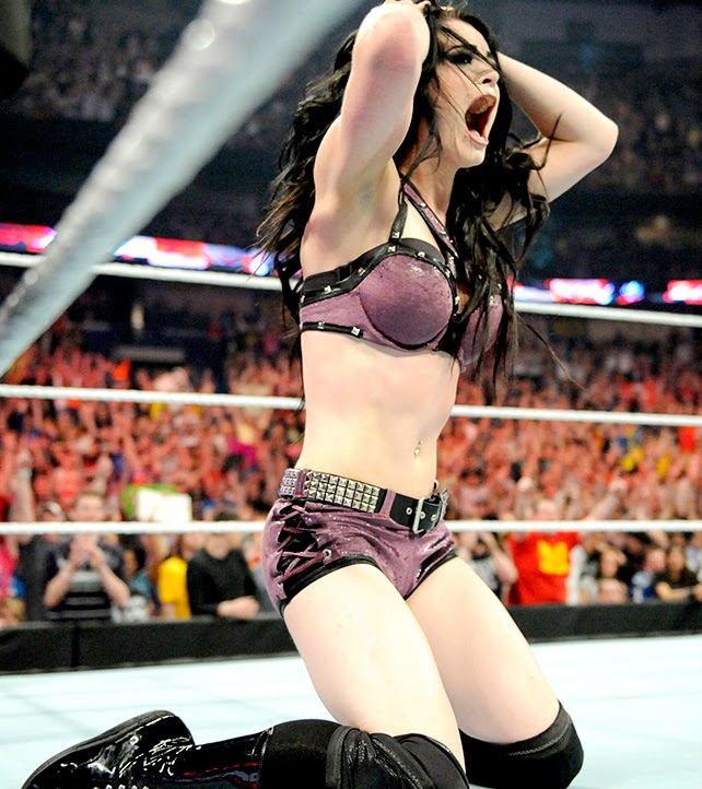 The New WWE Divas Champion - Paige