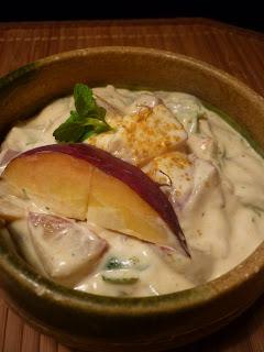 Pfirsich-Curry-Dipp mit frischer Minze