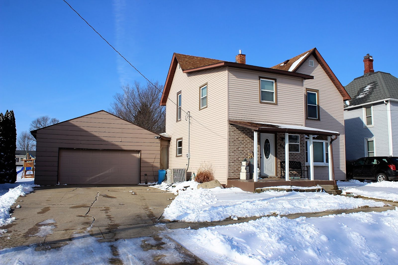 406 Lincoln Ave., Delmar, IA $125,000