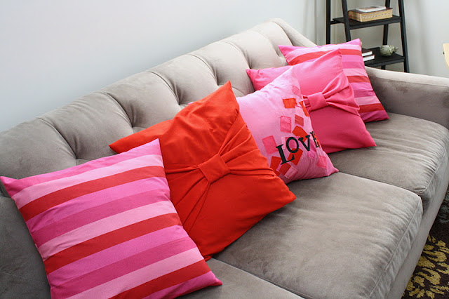 Big Bow Pillow Cases Tutorial from Rae Gun Ramblings. Simple and inexpensive sewing home decor.