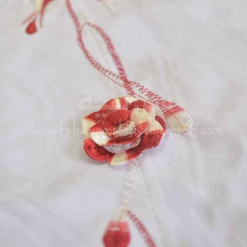 Telekung Vietnam merah tua sulam bunga timbul