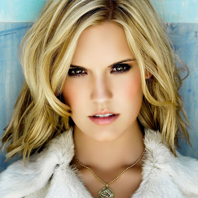 http://4.bp.blogspot.com/-i6oMKrmrPtg/Tk1LGzdtqxI/AAAAAAAAAHs/bszTeKeh2HA/s1600/free-download-wallpapers-iPad-030-maggie-grace-actress.jpg